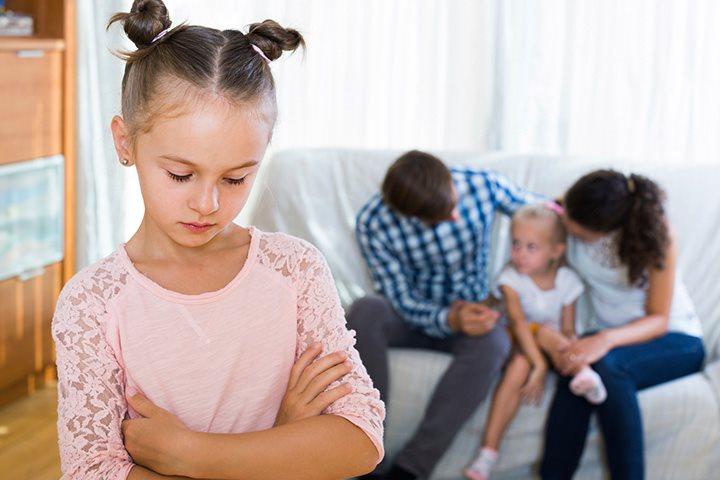 Sự cô lập, thiếu được quan tâm khiến trẻ bị chậm nói nhiều hơn